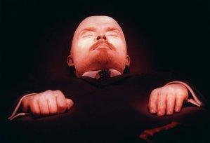 """¿Eeeh? """"Artista"""" pretende comprar el cuerpo de Lenin para llevárselo a Washington"""