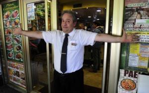 El hombre que acusó a partido español de recibir dinero de Chávez, se queda sin trabajo