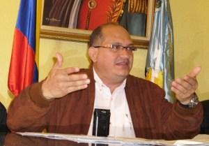 Extraoficial: Expulsan del Psuv a diputado chavista Eduardo Labrador, por solicitar destitución de Motta Domínguez