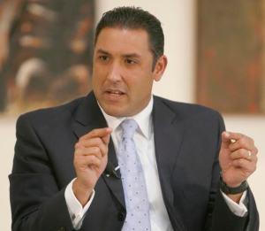 Pablo Pérez: Usurpación, transición y elecciones libres