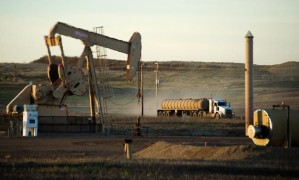 Petróleo superaba los 67 dólares por barril respaldo de recortes de suministro liderados por la Opep