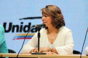 Expresidenta de Costa Rica insta a los venezolanos a brindar apoyo a Juan Guaidó
