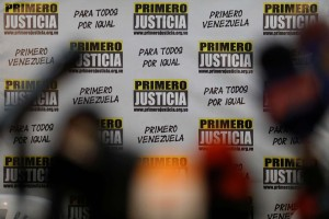 Primero Justicia rechaza la prohibicion del ingreso al presidente de Guatemala Alejandro Giammattei