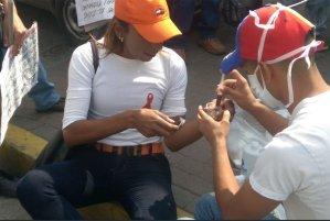 La diáspora forzada para los portadores del VIH por falta de medicamento