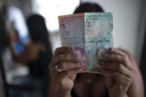 Maduro aceleró el fracaso de la reconversión con tres aumentos salariales