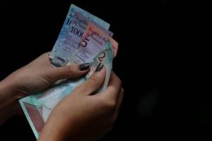 El Cestaticket subió a 1.800 bolívares