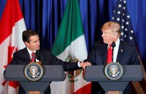 Trump define como revolucionario su acuerdo comercial con México y Canadá