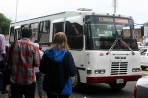 Transportistas piden reuniones para acordar precios del pasaje