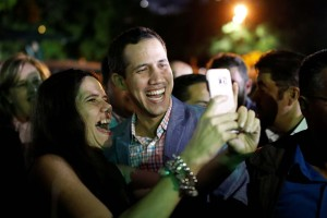 Cabildo abierto en Santa Mónica dejó ver a un Guaidó como figura de esperanza y libertad (Video)
