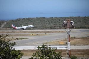 American Airlines suspende sus vuelos hacia Venezuela