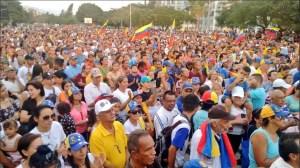 """""""¡Fuera Maduro!"""" El grito de Guacara en cabildo abierto de este #19Ene (Video)"""
