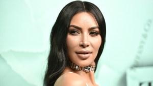 Kim Kardashian exhibe un Close Up de su psoriasis facial (FOTO)