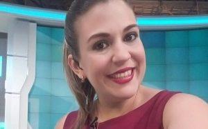 El lado sexy de Verónica Chacón, la periodista de VTV que se cayó en vivo (+Fotos hot)