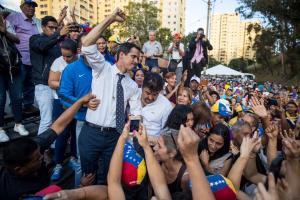 EN FOTOS: Caricuao recibió a Juan Guaidó en cabildo abierto este #19Ene