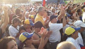 ¿Le temen al pueblo? Colectivos chavistas golpearon hasta a las monjas durante Cabildo Abierto en Zulia (Videos)
