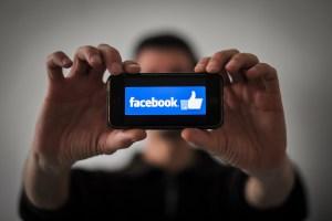 De un dormitorio de Harvard a fenómeno global: Los 15 años de Facebook