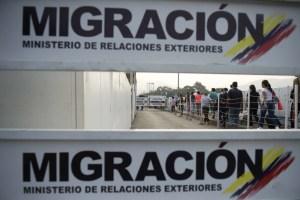Un informe señala que vendedores ambulantes venezolanos en Bogotá serían espías de Maduro