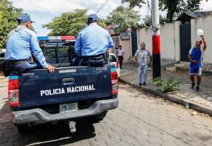 Policía de Nicaragua se despliega por Managua ante protesta contra Ortega