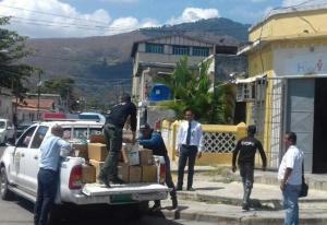 ¡Desalmados! Régimen de Maduro allana y se lleva donaciones de insumos a fundación contra el VIH