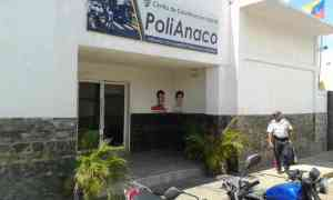 Reclusos asesinaron a violador en calabozos de PoliAnaco