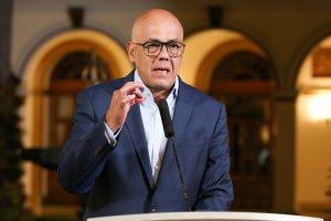 Jorge Rodríguez vuelve a decir que un ataque electromagnético fue el culpable del apagón