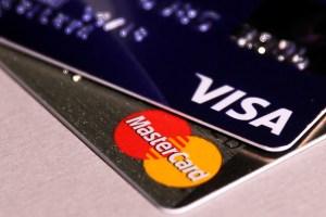 """Aplican el """"ver para creer"""" al nuevo sistema de pago tras huida de Visa y Mastercard"""
