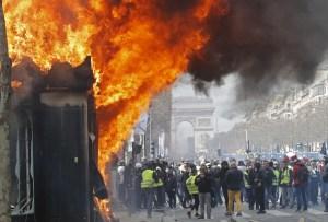 Destituyen al jefe de policía de París tras saqueos de Campos Elíseos