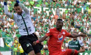 ¡Insólito! Este jugador se disfrazó de policía para concentrase con la selección de Colombia (Fotos y video)