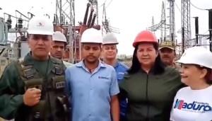 La CARA de este trabajador de Corpoelec evidencia todo lo contrario a lo que le obligan a decir (VIDEO)