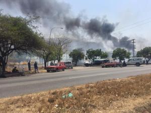 Reportan incendio cerca de la sub estación San Jacinto en Maracay (fotos)