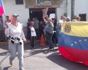 Vecinos de Carrizal protestan por fallas en el servicio de agua potable #18Mar (fotos)