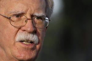 Bolton agradece al buque hospitalario de EEUU por brindar atención a los venezolanos