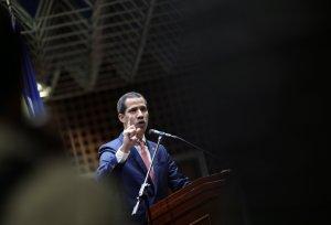 Guaidó le reitera al régimen que Venezuela no se acostumbrará a más apagones