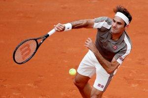 Implacable… Federer regresa a Roland Garros dando cátedra (FOTOS)