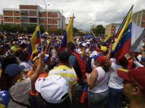Así se encuentra la Avenida Bracamonte de Barquisimeto a la espera de Juan Guaidó (FOTOS) #26May