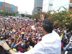 Guaidó se las canta a Maduro con fuerza: ¡No nos van a Jod… vale! (VIDEO)