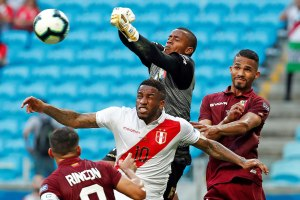 ¡BRAVO! Incluyen a Fariñez y Machís en el once ideal de la primera ronda de la Copa América