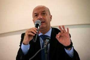 Simonovis denuncia que el hombre que lo acusó injustamente se pasea en Miami (Foto)