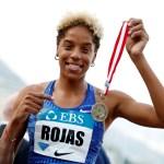 Atletismo - Liga de Diamantes - Mónaco - Puerto de Mónaco, Mónaco - 11 de julio de 2019 Yulimar Rojas de Venezuela celebra el triple salto de las mujeres ganadoras REUTERS / Eric Gaillard