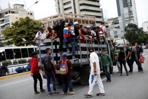 En Fotos: Así de COLAPSADAS están las calles en Caracas tras nuevo apagón rojo este #22Jul