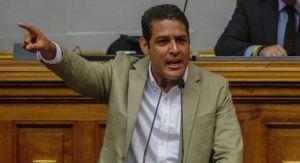 Olivares: Venezuela se encuentra a oscuras; el régimen ineficiente cumple con su tarea