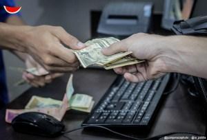¿Por qué el dólar paralelo se ha estancado? Un economista explicó su enigmático comportamiento