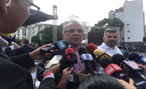 Ex ministro de Chávez se unió a la sesión de calle de la Asamblea Nacional #23Jul (VIDEO)