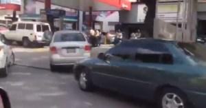 Regresan las colas por gasolina en Caracas tras mega apagón rojo #23Jul (video)