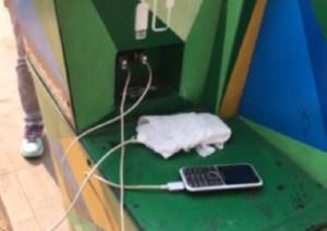 Disponen paneles solares para cargar celulares en Chacao #23Jul (fotos)