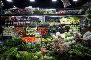 """Nutricionistas recomiendan usar alimentos """"al máximo"""" ante crisis del país"""