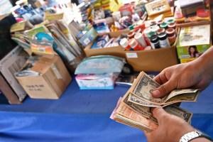 La hiperinflación marca el regreso a clases: Un salario mínimo no alcanza para una caja de lápices