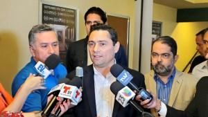 Vecchio: Si queremos detener el sufrimiento del pueblo hay que lograr el cese de la usurpación
