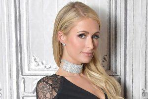¡Sin pudor! Paris Hilton mostró sus partes íntimas con este vestido