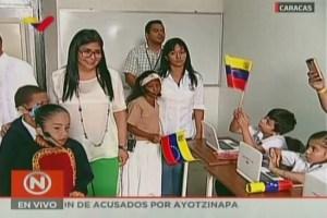 ¿Y Maduro? Delcy Eloína dio inicio al año escolar en el país… pero con pocos niños